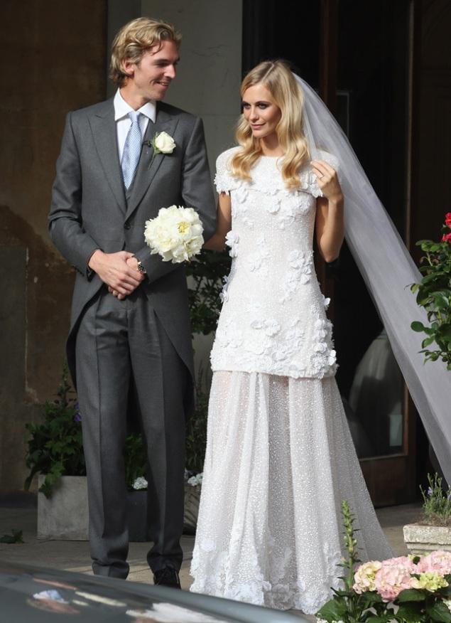 ya casados poppy delavigne normcoregirl blog