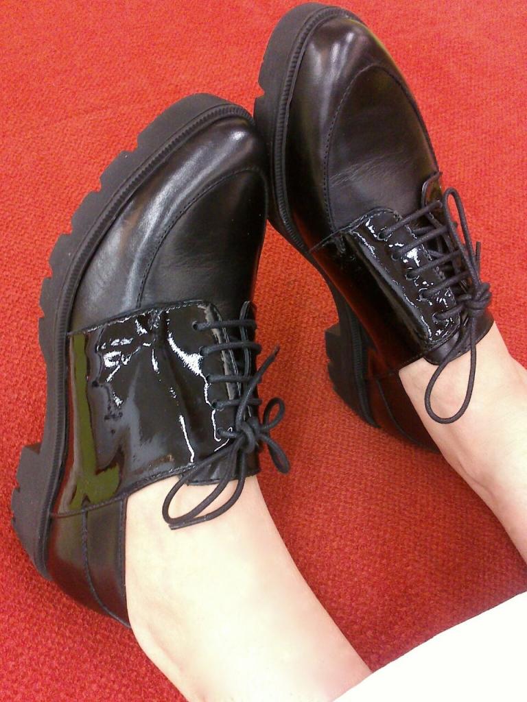 #heywoman wonder shoes