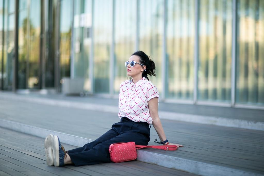 shotting bloggers bcnmeetupmeliasky normcore girl  by sergi gimenez