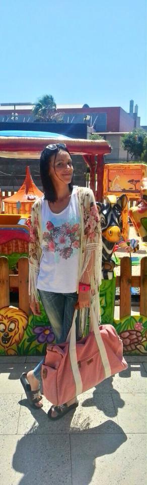 the white label normcore girl influencer spanish blogger