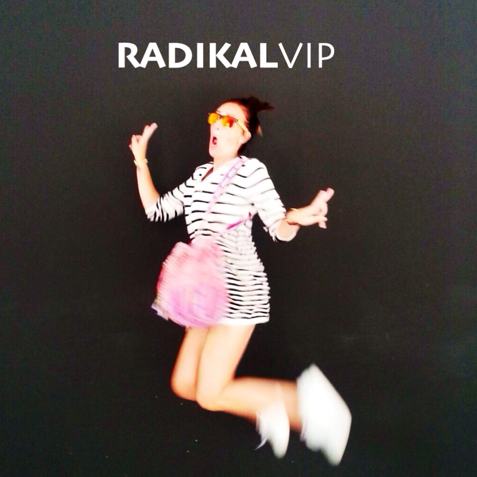 radikal vip comfy style normcore girl influencer