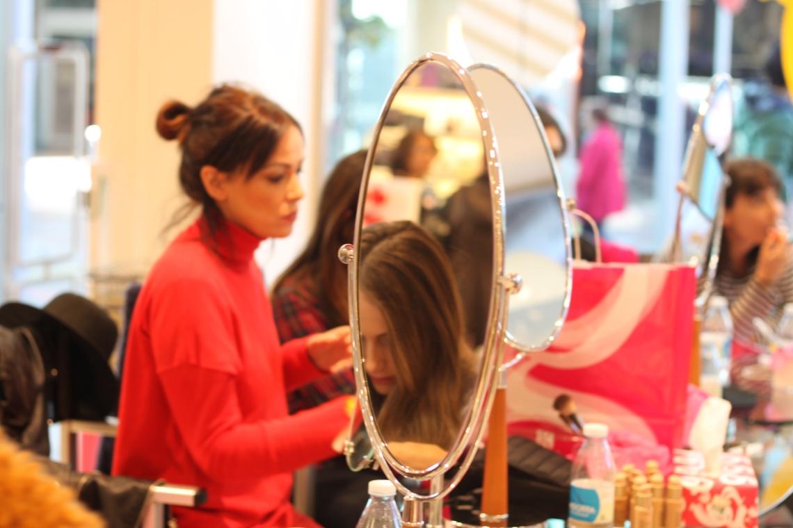 gala perfumerias andorra shopping festival normcoregirl influencer spanishblogger andorra a la taula inuu