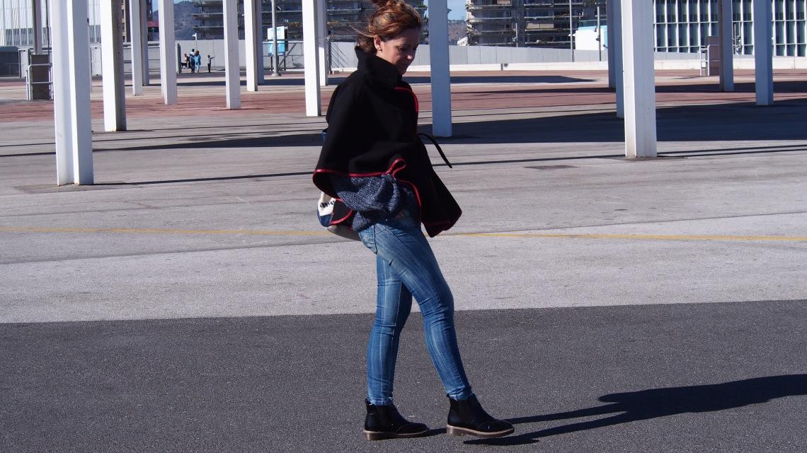 capa con cinturon normcore girl