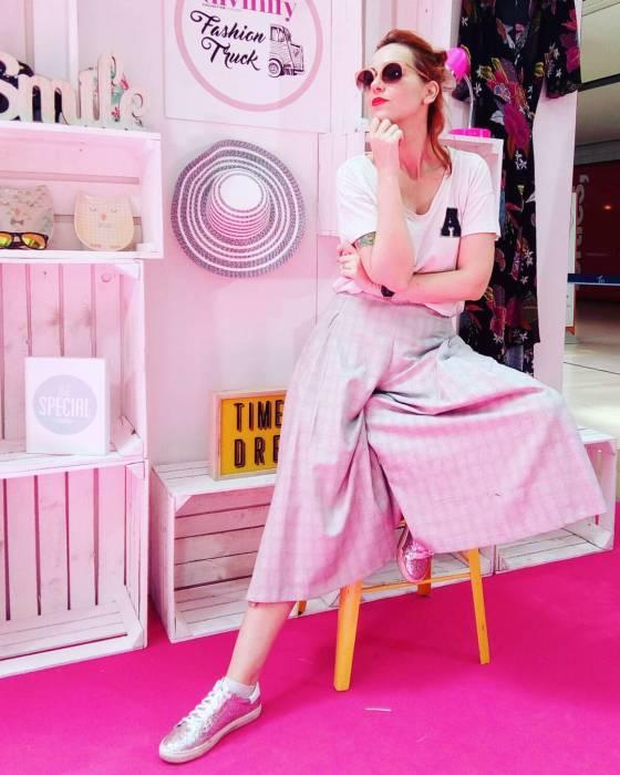 Divinity fashion truck Maremagnum Barcelona