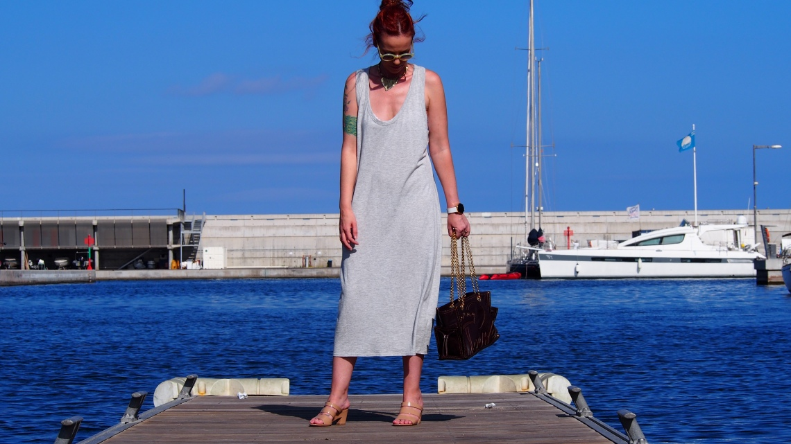 fashio blogger barcelona comfy luxury normcoregirl