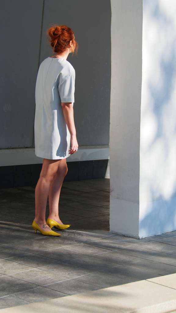 fashion blogger style grey