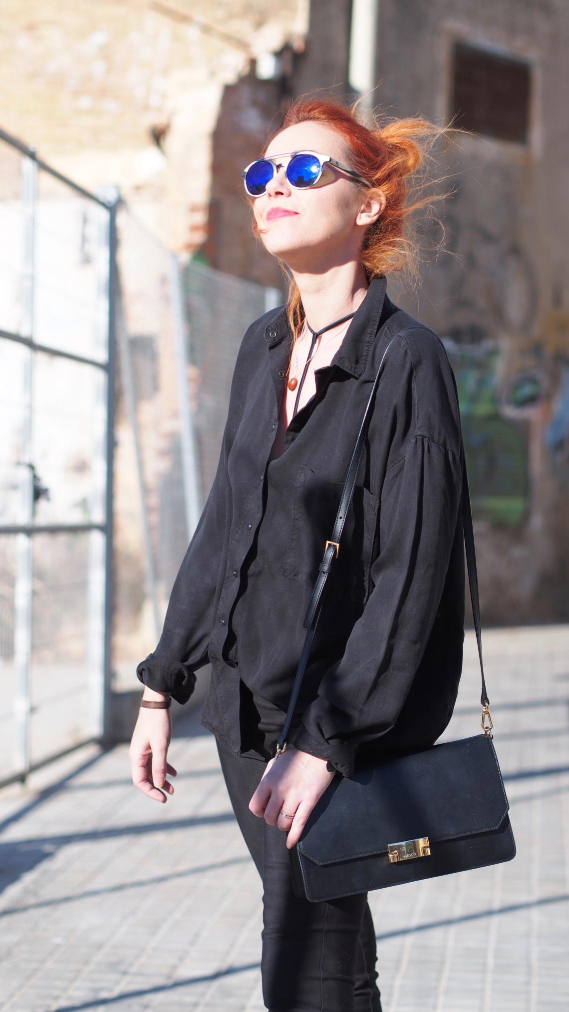 camisa negra chica streetstyle