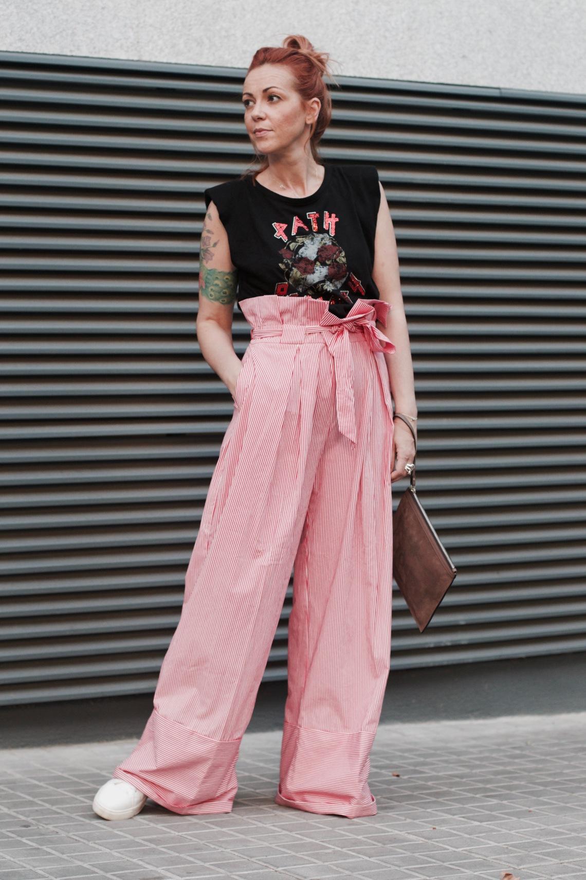 pantalon rojo rayas ancho