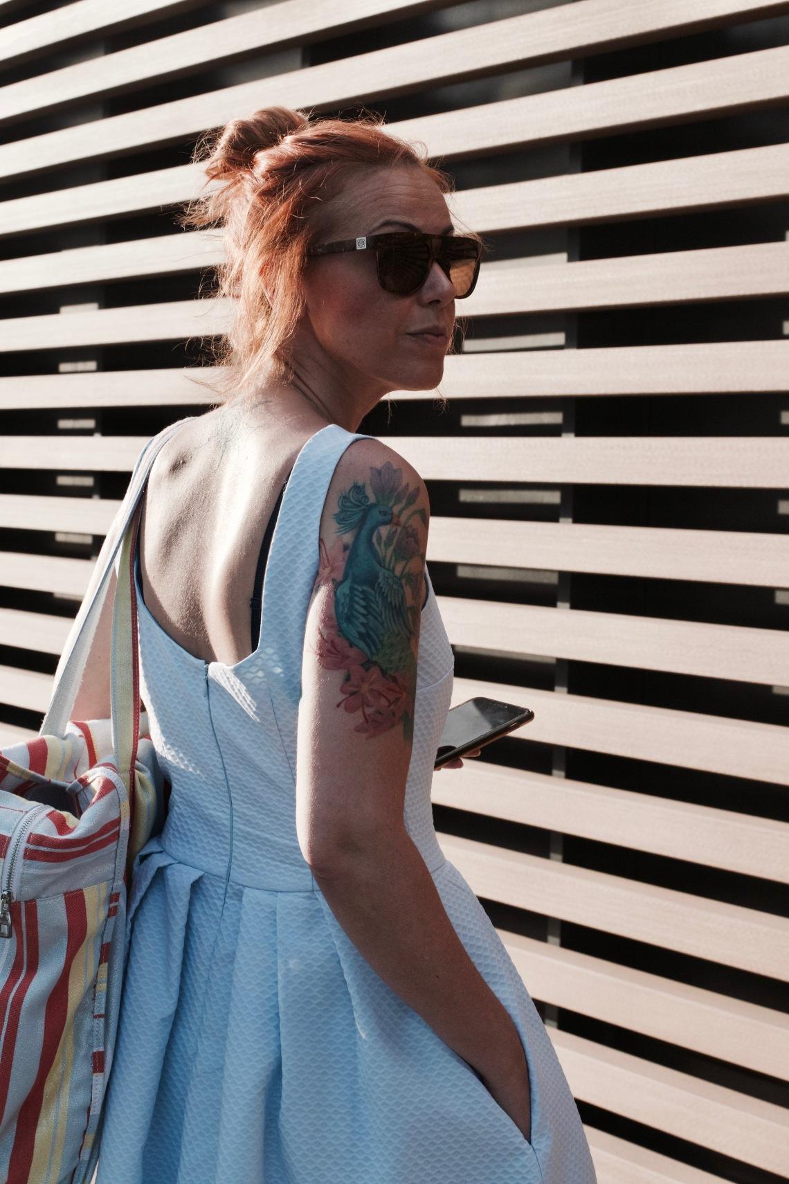 fashion blogger barcelona tatuada vestido de piqué