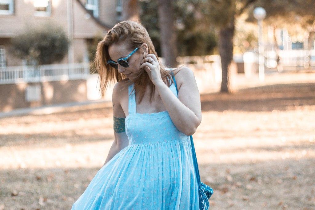 vestido azul de h&m